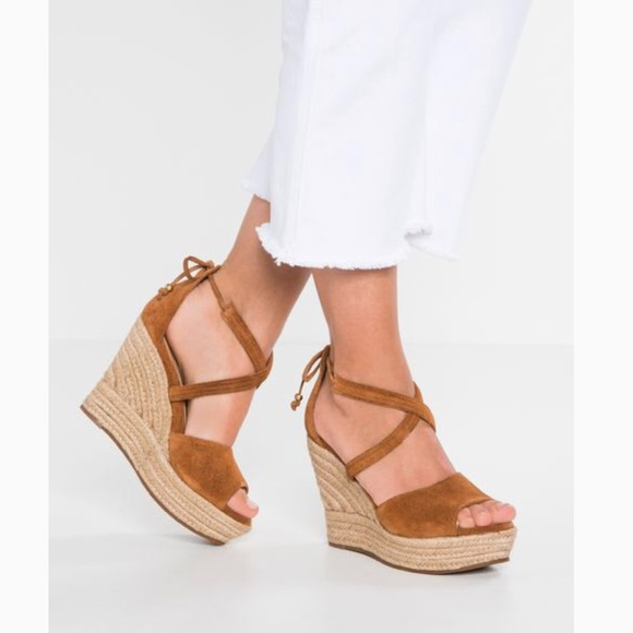 9ed91bafcf0 UGG REAGAN espadrilles wedge sandals